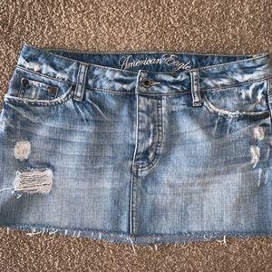 American Eagle 🦅 distressed jean skirt